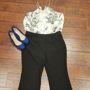 🖤🖤 Black slacks size 14s 🖤🖤
